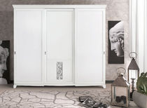 traditional lacquered wardrobe CAPRI : 3176 VACCARI CAV. GIOVANNI