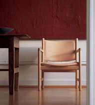 traditional leather armchair CH52 by Hans J. Wegner Carl Hansen & Son