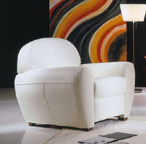 traditional leather club armchair CLUB Gamamobel