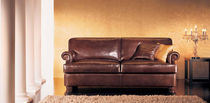 traditional leather sofa BOSTON Cava
