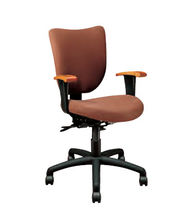 traditional office armchair PARAGON Jasper Desk Company