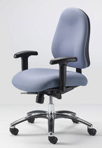 traditional office armchair TH1 Source International