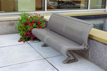 traditional public bench in metal (with backrest)  DuMor, Inc.