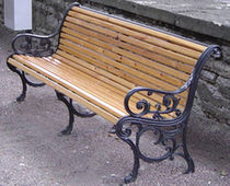 traditional public bench in wood and metal (with backrest) SIRECO ECOMP Ltd