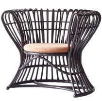 traditional rattan armchair CL-181 Peacock by Yos Theosabrata Yamakawa Rattan Japan Inc.