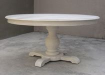 traditional round extending table LOUIS GUÃ�RIDON JCB INTÉRIEURS