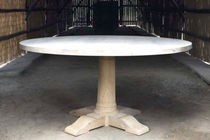 traditional round table ARTHUR by Livine ST-PAUL HOME