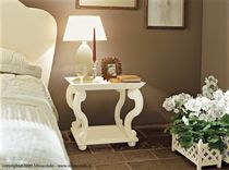 traditional solid wood bed-side table LEEDS Minacciolo