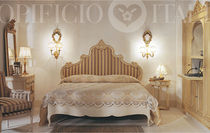 traditional upholstered double bed AMARCORD Opificio Italiano Srl