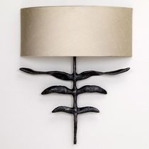traditional wall light (bronze) INTERIOR : PHOENIX VAUGHAN
