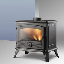 traditional wood-burning stove (cast iron) SAMARA INVICTA