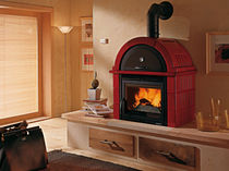 traditional wood-burning stove (ceramic) FALÒ 2S Nordica