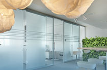 translucent glass removable partition HSE Clestra Hauserman