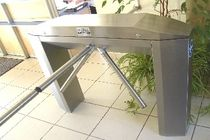 tripod turnstile  TGO (TRAVAUX GENERAUX DE L'OUEST)
