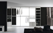 walk-in wardrobe SIDUS by Cavana/Santambrogio Res Italia