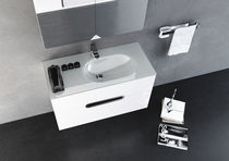 wall-hung washbasin P08 Sonia