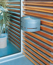 wall-mounted outdoor ashtray for public spaces AMANDINE E05 univers & cité