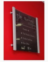wall mounted standing display 052_6003 ImageHolders