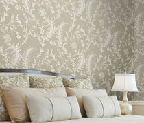 wallpaper: floral pattern ARCHIVE TRADITIONAL Lee Jofa