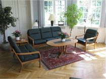 wood and leather traditional sofa 1210 TEAK dyrlund
