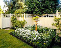 wooden garden fence  Western Red Cedar Export Association