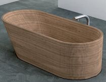 wooden oval bath-tub NEXTSTEP  PLAVISDESIGN