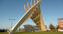 wooden structure INSPIRATIONAL ACCOYA �FINGERS� SCULPTURE  Accsys Technologies