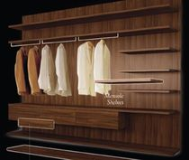 wooden walk-in wardrobe  LA VENUS