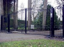 wrought iron entrance gate  New Forest Metal Work