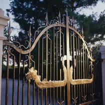 wrought iron entrance gate CANCELLO laboratorio Artigianale artistico