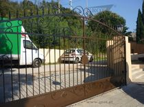wrought iron entrance gate BIO GROT