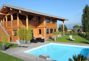 In Ground Swimming Pool / Wooden / Outdoor