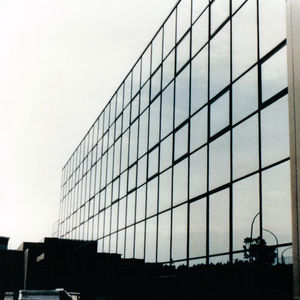 Stick System Curtain Wall / Aluminum / Glass