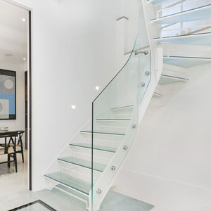 Quarter Turn Staircase / Metal Frame / Glass Steps / Without Risers
