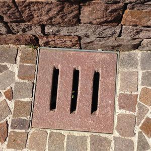 Stone Floor Drain / Square / Patio