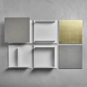 Wall Mounted Shelf / Contemporary / Wooden / Lacquered Metal