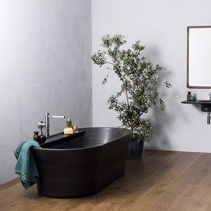 Free Standing Bathtub / Oval / Natural Stone