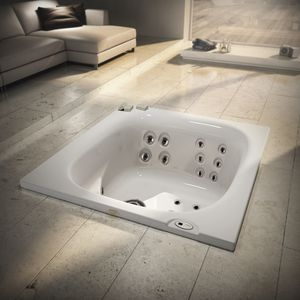 Built In Hot Tub / Rectangular / 2 Person / Outdoor