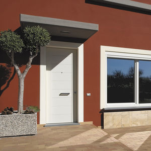 entry door / swing / wooden / thermal break & Oikos-Synua Doors - All the products on ArchiExpo pezcame.com