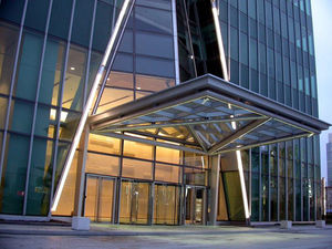entrance canopy / for commercial buildings / glass / metal & Commercial canopy - All architecture and design manufacturers - Videos