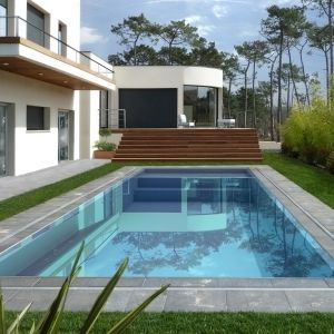 In Ground Swimming Pool / Steel / One Piece / Overflow