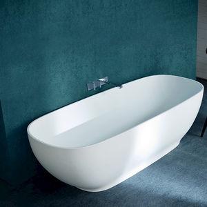 Lieblich Free Standing Bathtub / Oval / Acrylic