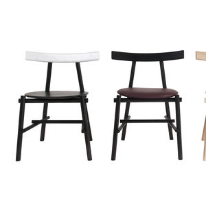 Contemporary Chair / Upholstered / Beech / Leather