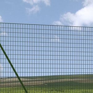Wire mesh fence, Chainlink barrier - All architecture and design ...