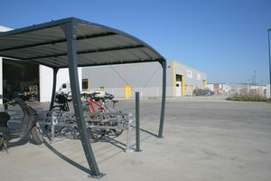 Cycle and motorcycle shelter for public spaces