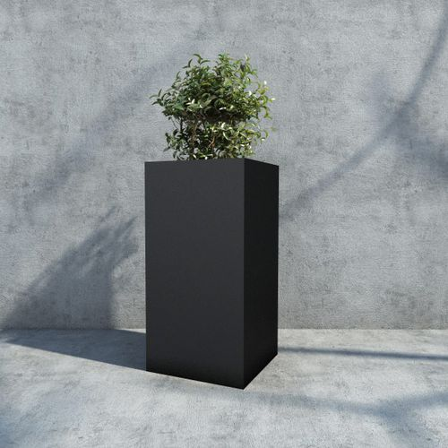 iron garden pot / rectangular / square / for public spaces