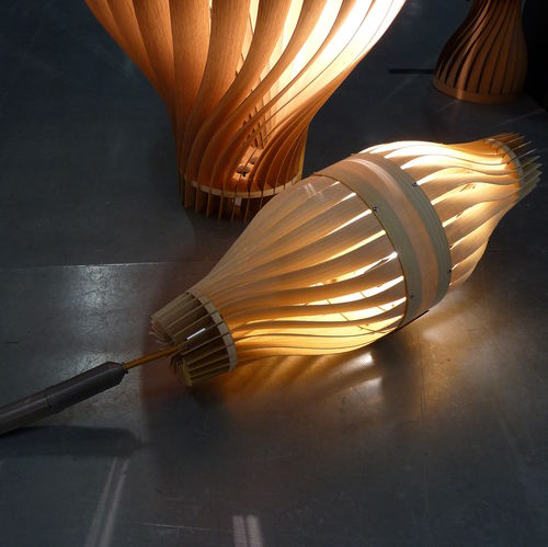 Floor-standing lamp / contemporary / wooden / handmade BULM 45 LairiaL