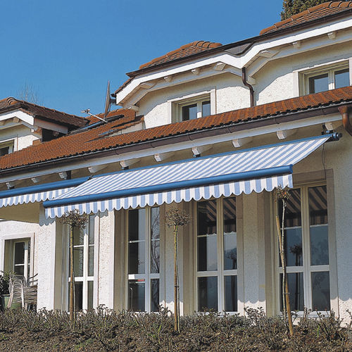 box awning / manual