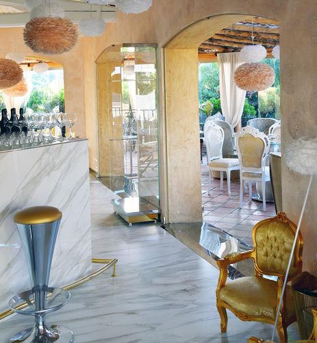 indoor tile / floor / composite / patterned
