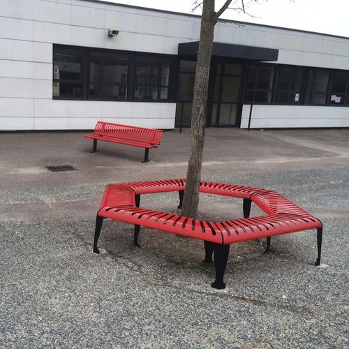 steel tree guard / with integrated public bench